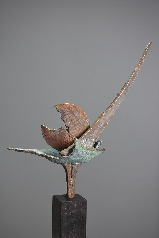 Alena 54x22 - Klein bronzen beeld voor binnen